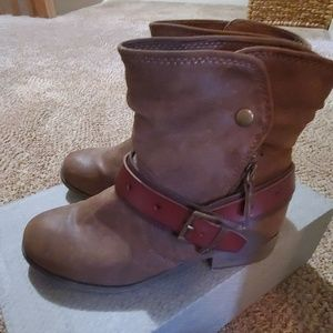 Brown bootie